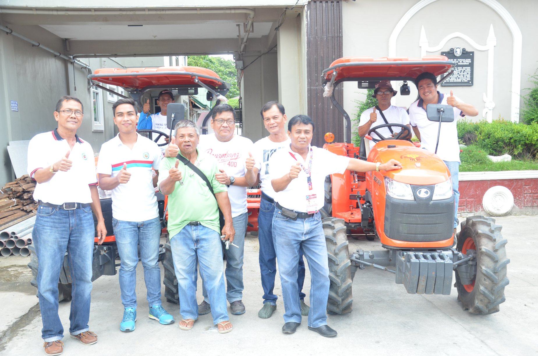 Machinery awarded by DA to local farmers