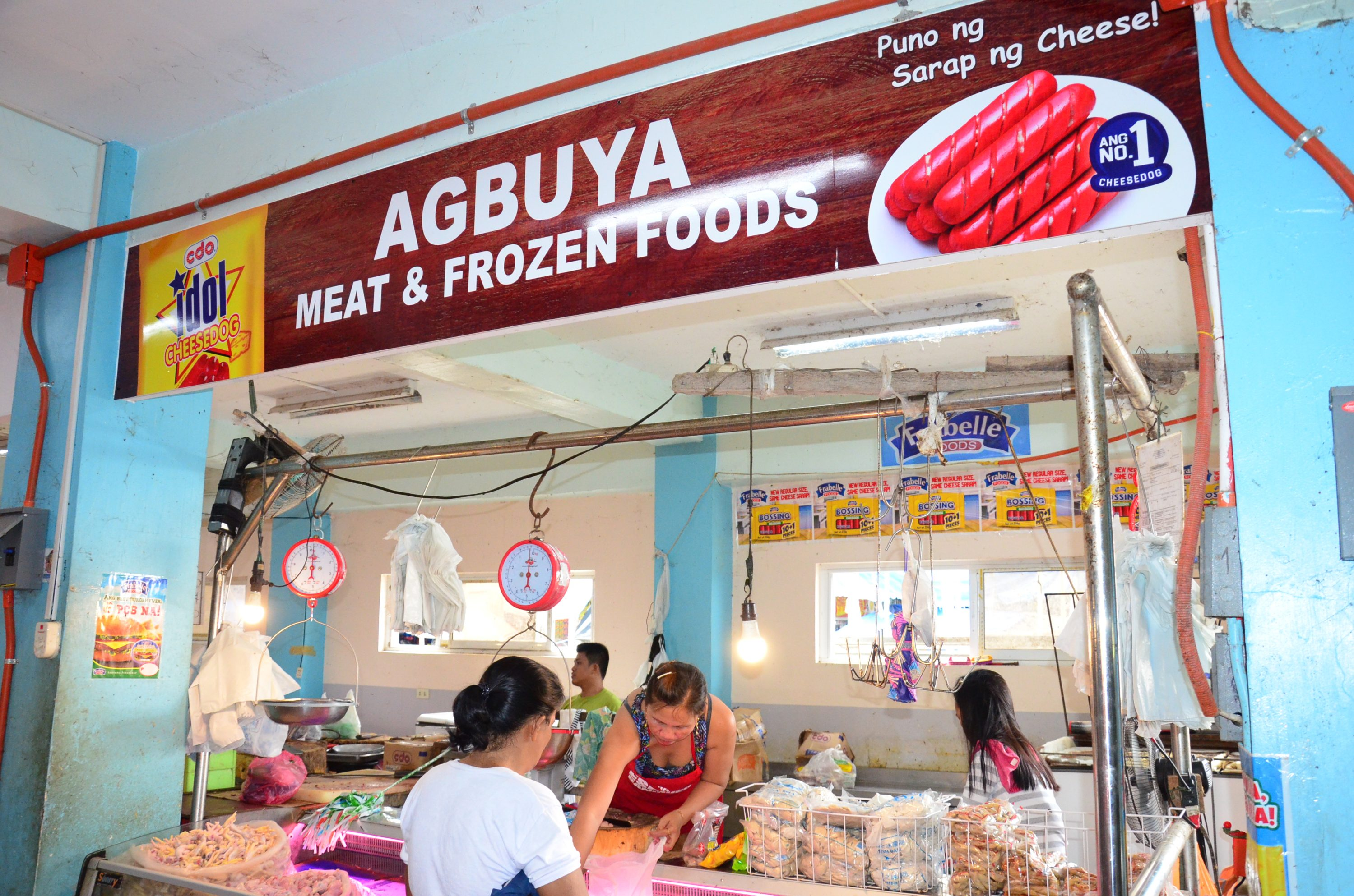 Uniform Signages in Meat Section