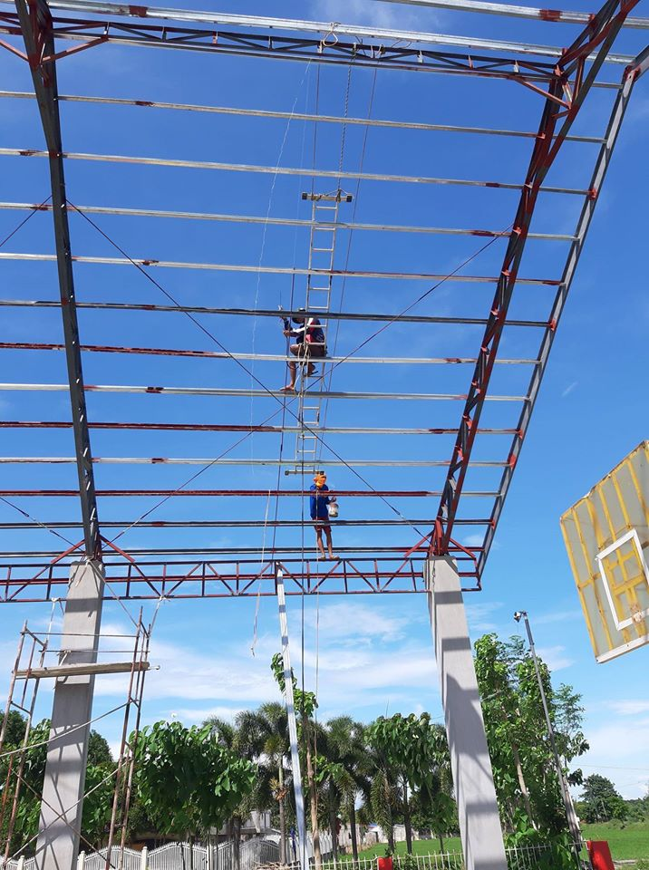 ONGOING Phase 2 Construction of Multi-Purpose Covered Court in Brgy. Inanlorenza