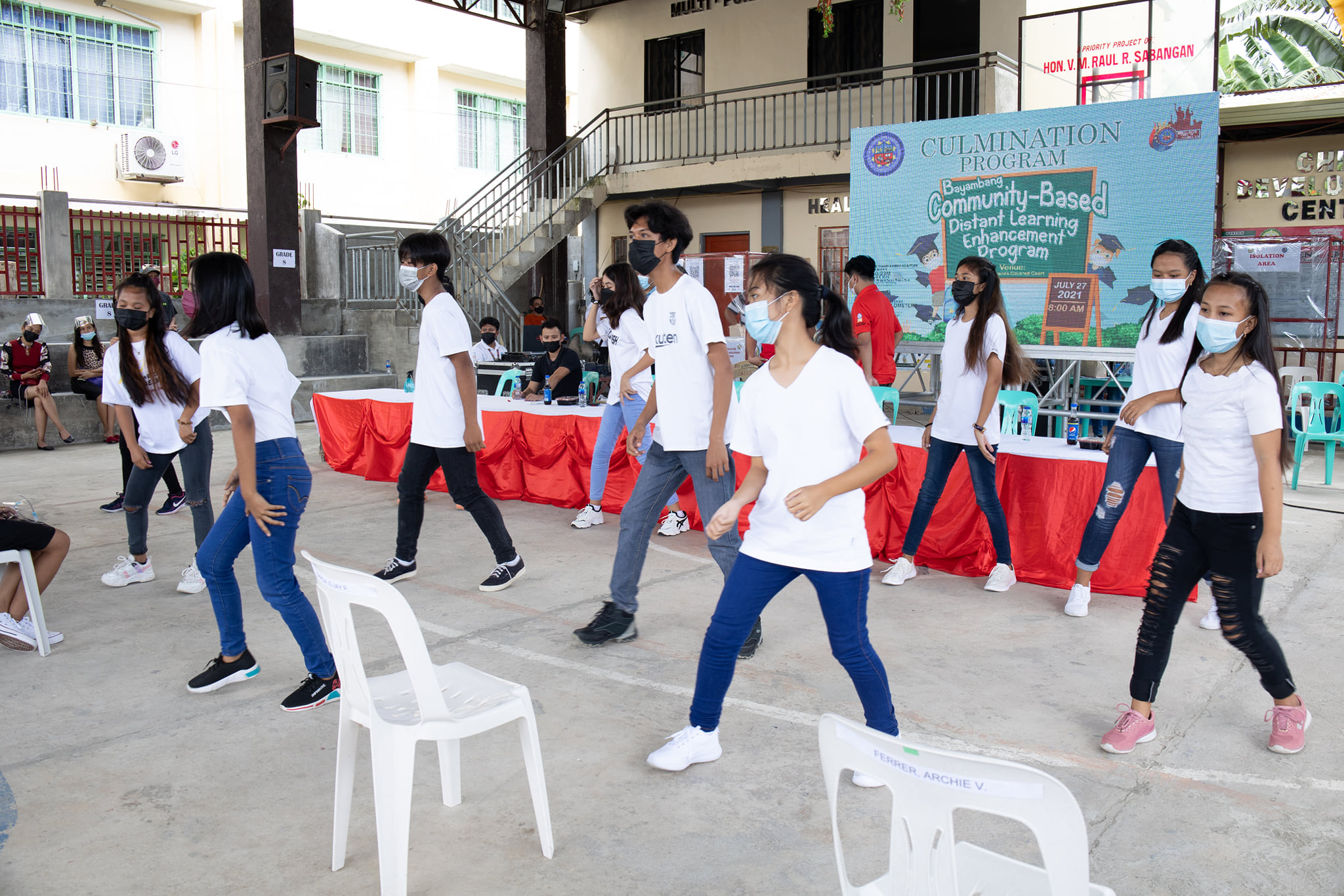 136 Learners, Nagtapos sa Distant Learning Enhancement Program
